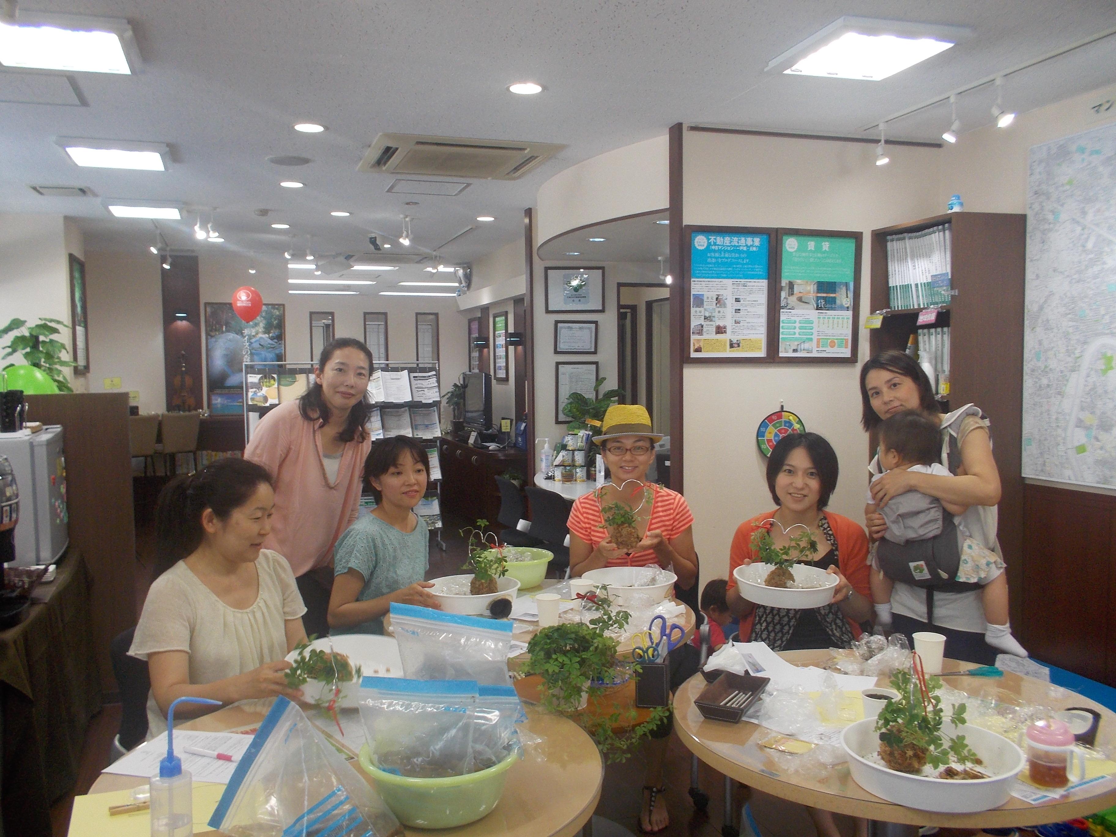 すまいるCAfeは地域の方々が気軽に立ち寄れるスペースを提供してくれています。 みんないい笑顔!
